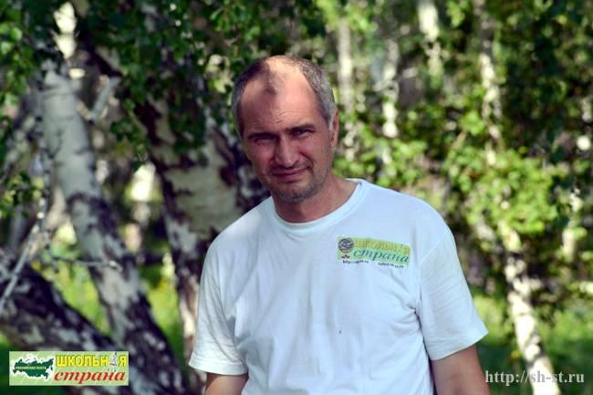 Поликашин О.Н., газета школьная страна, главный редактор
